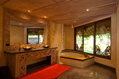 Beachfront Luxury Villa in Diani Beach, Kenya